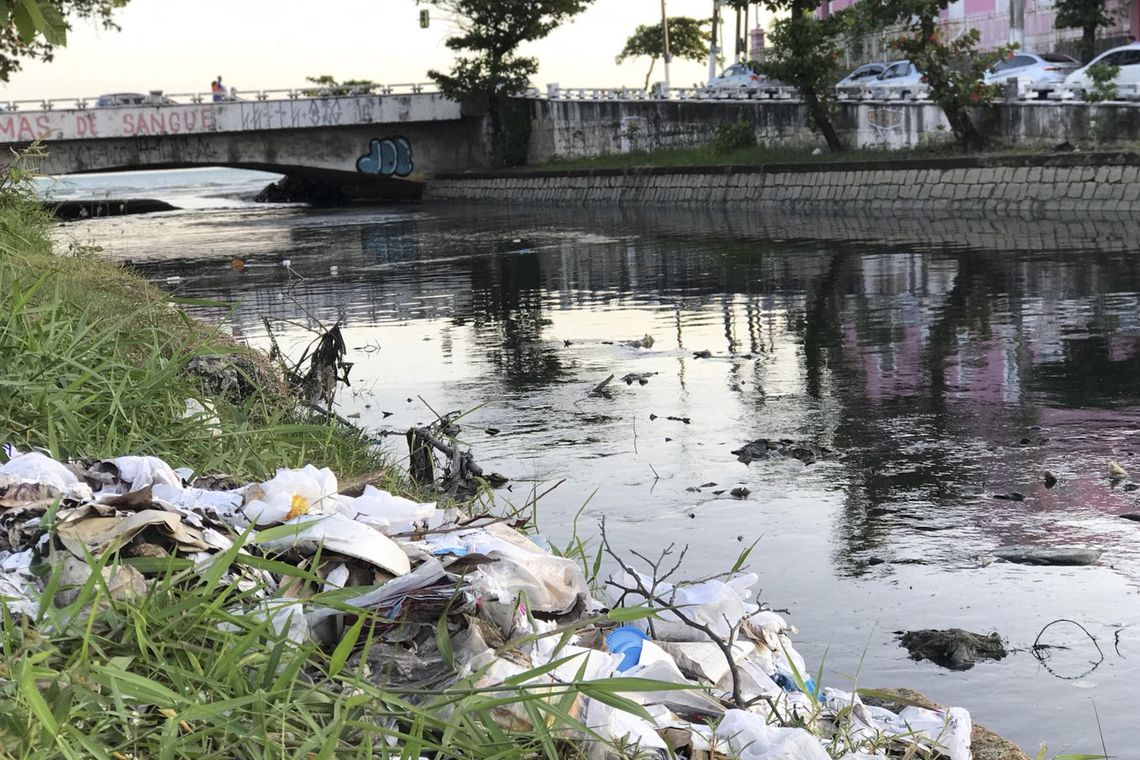 Falta saneamento básico. (Fonte: Agência Brasil/Divulgação)
