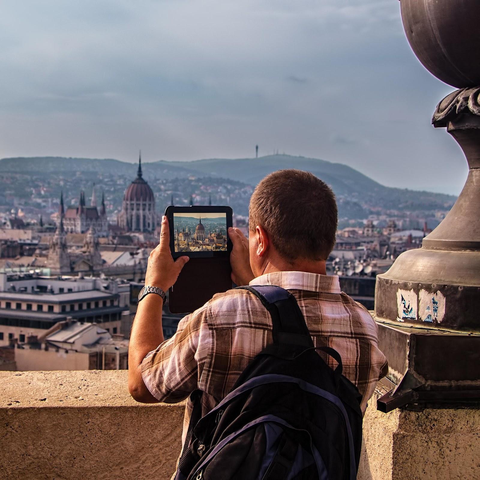 Tourist on Saint Istvan Basilika in Budapest.jpg