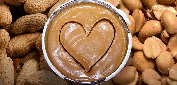 Що таке арахісове масло і з чим його їдять