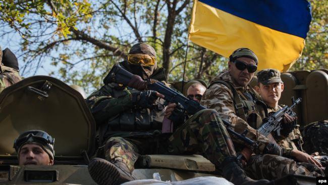 Українські воїни під Слав'янськом. Донбас, Україна. 15 серпня 2014 року