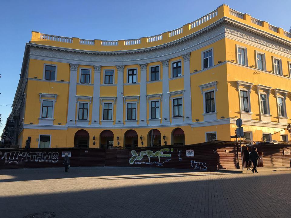 В Одессе завершилась реставрация памятника архитектуры на Приморском бульваре (фото) - 3