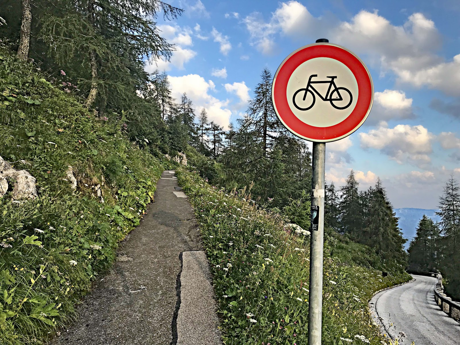 Bicycle climb to Kehlsteinhaus - Eagles Nest - no bike sign and walkway to top