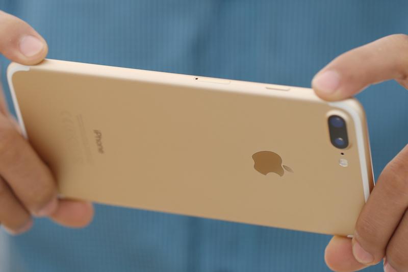 Điện thoại smartphone iPhone 7 Plus 32GB | Camera kép