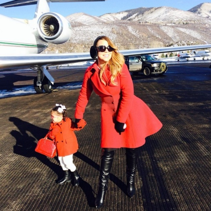 "<b><a href=""https://us.hellomagazine.com/tags/1/mariah-carey/""><strong>Mariah Carey</strong></a> and Monroe Cannon</b><br>Mariah's five-year-old daughter is already a diva in the making! The mommy-daughter duo have been spotted in matching pajamas and mermaid costumes, but these red coats are mother-daughter fashion goals. </br><br>Photo: Instagram/@mariahcarey"