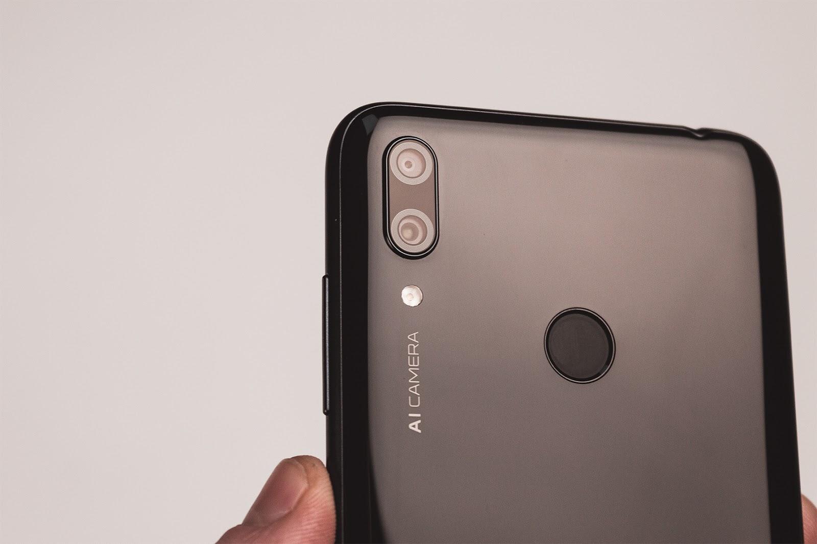 Huawei Y7 2019 VS Xiaomi Redmi Note 6 Pro