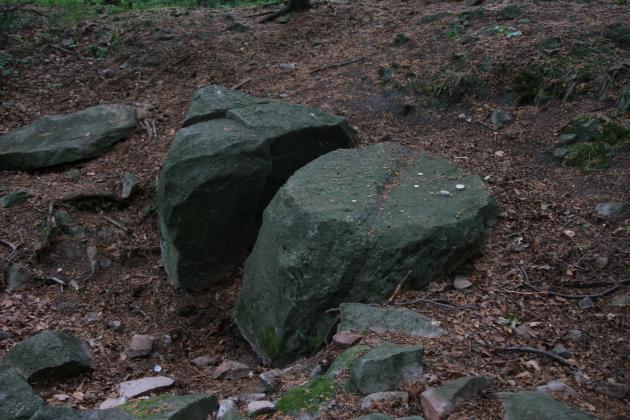 Ołtarz ofiarny na górze Dobrzeszowskiej, średnica 90 cm