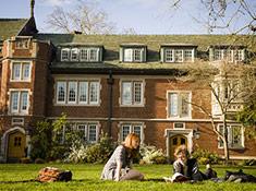reed-college-students-great-lawn-olddormblock-sm-1.jpg