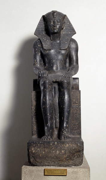 Image of Egyptian antiquite: Diorite sculpture representing a ruler of the Thutmosis dynasty (Tuthmosis or Thutmus), Egyptian pharaohs - The cartridge of Pharaoh Touthmosis I, Beginning of the 17th dynasty - Turin, Egyptian museum - Egyptian Civilization: a pharaoh of the dynasty of Thutmose - Diorite sculpture, beginning of the 17th Dynasty (1648-1549 BC) - Egyptian Museum, Turin (Italy), © Luisa Ricciarini / Bridgeman Images