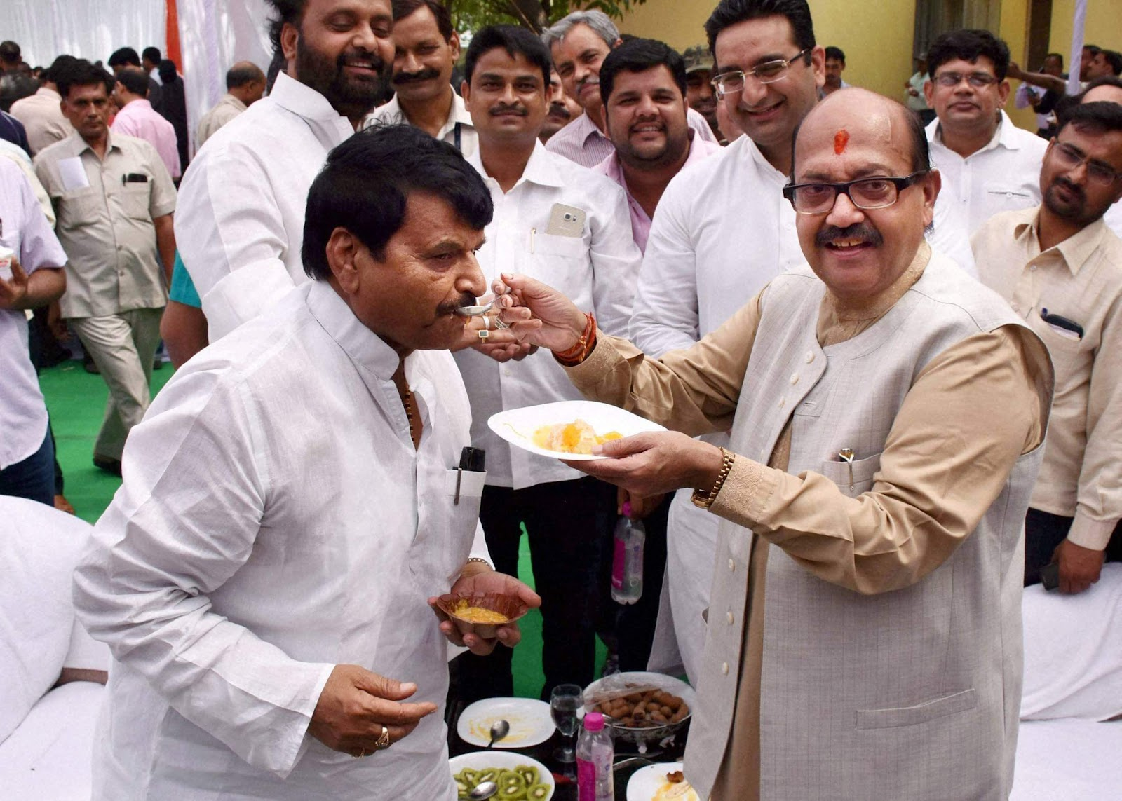 Image result for amar singh and jaitley