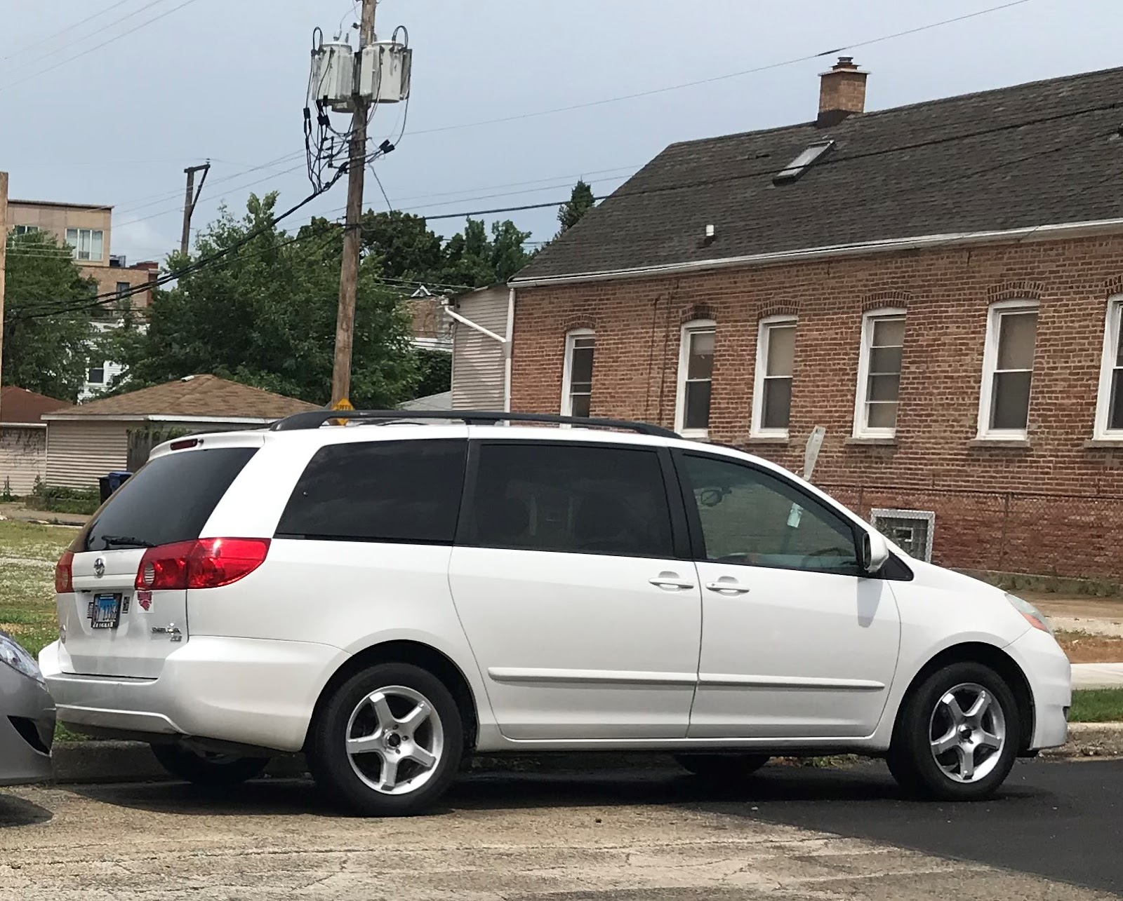 2006 Toyota Sienna Patience & Pearls