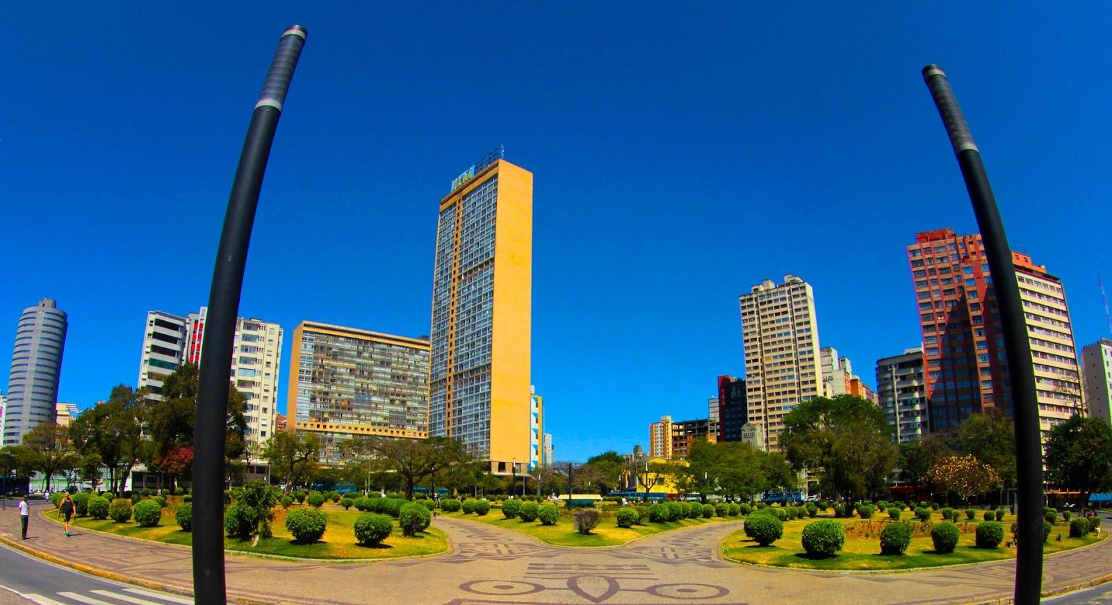 Praça em Belo Horizonte.
