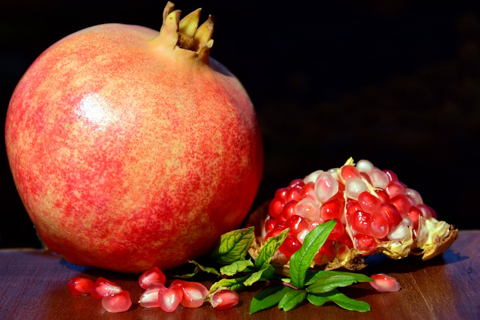 types of pomegranate