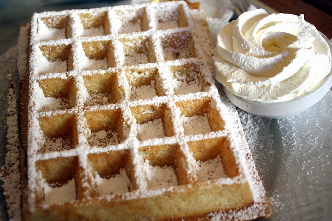 Belgian Waffle at Max in Ghent