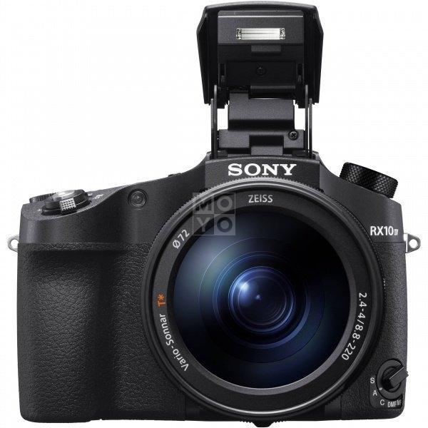 Общий вид фотоаппарата SONY Cyber-Shot RX10 IV