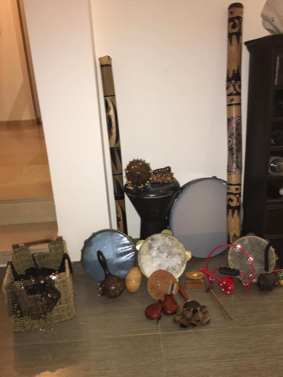 כלי נגינה בבית