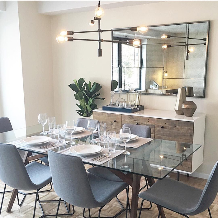 Try Out an Accent Wall in the Dining Room