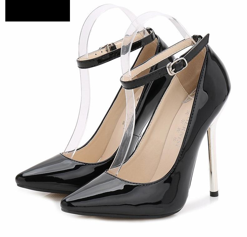 Hãy đến với công ty Khải Hoàn khi có nhu cầu đặt dịch vụ xi mạ gót giày