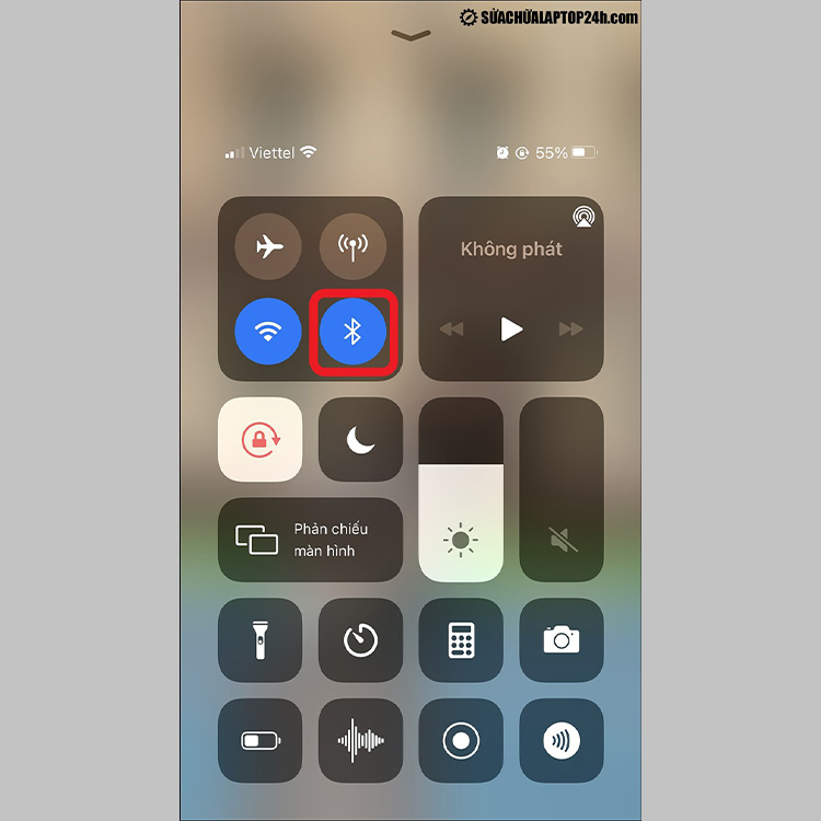 Bật Bluetooth trên iPhone