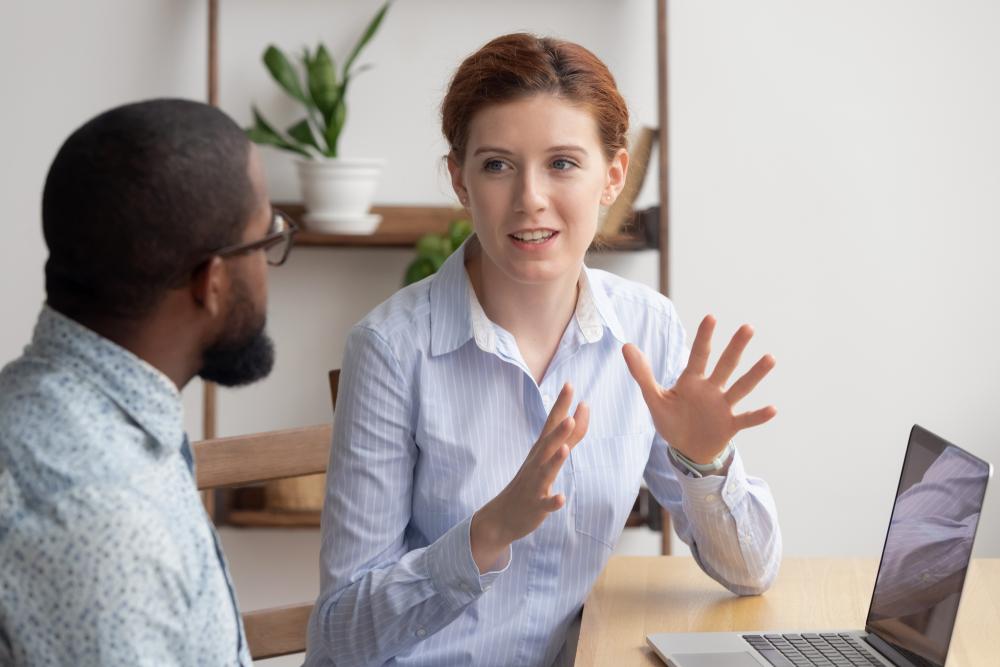 O coach vai treinar você para um grande objetivo e te ajudar a vencer as chamadas crenças limitantes. (Fonte: Shutterstock)