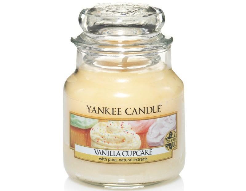 Clintons' yankee candle vanilla cupcake small jar