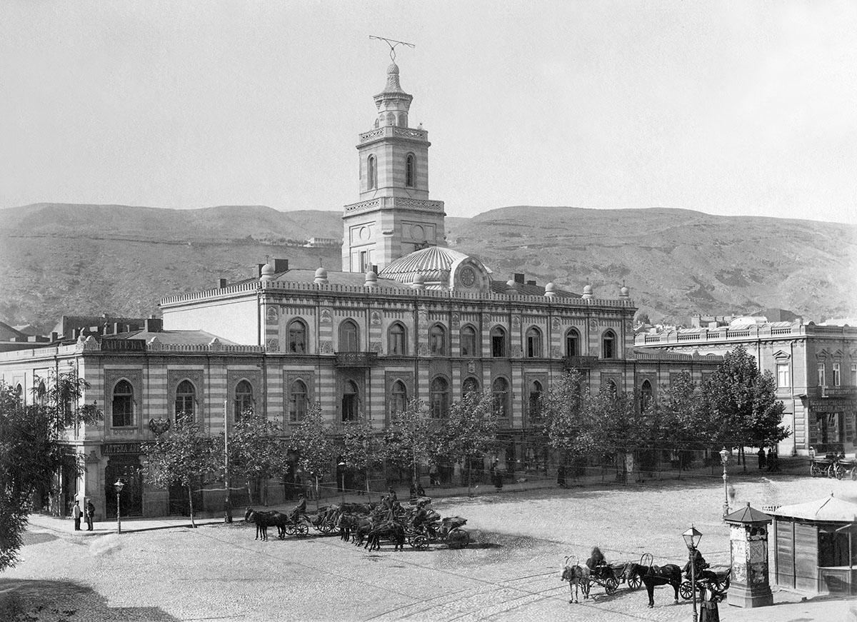 Площадь Эриванского в Тифлисе — место, где произошла экспроприация. Фото: ru.wikipedia.org