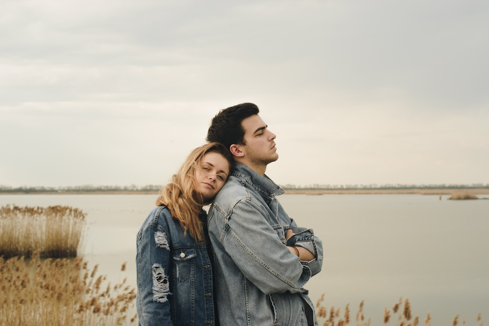 How to stop looking for love and let it find you