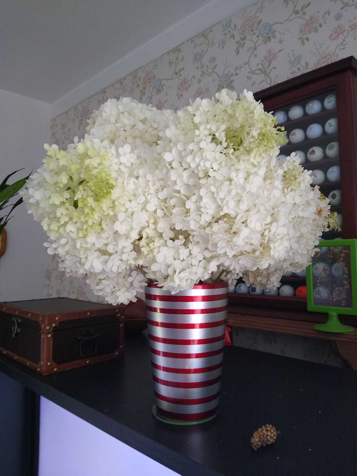 hydrangea floral arrangement picture