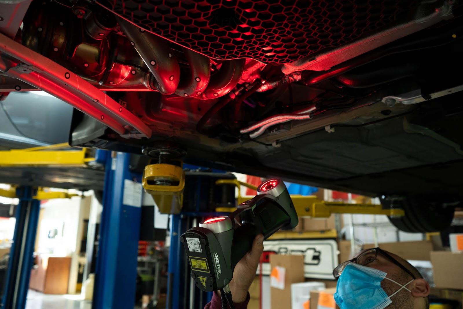 Creaform Handyscan 700 Scanning Porsche 718 GT4