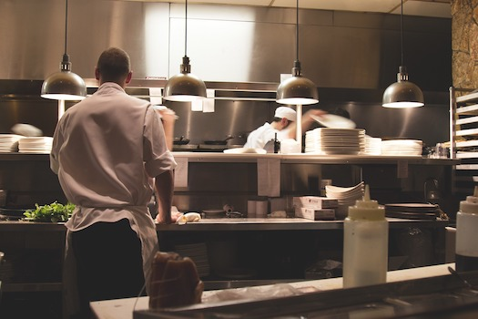 3 Cooking Tips to Save Time in A Commercial Kitchen