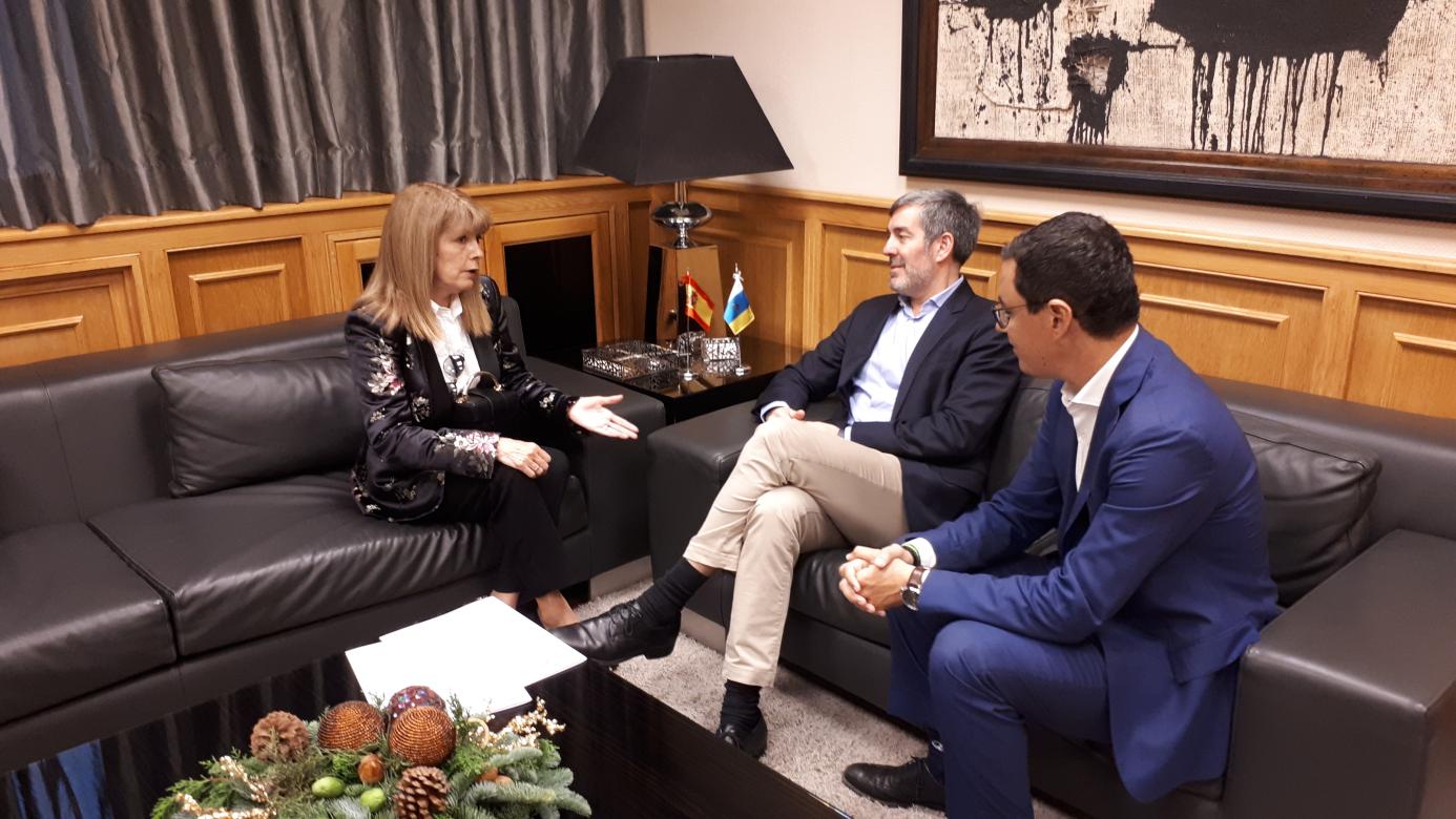 El Ayuntamiento pide celeridad en la obra de la cubierta del CEIP Villa de Firgas