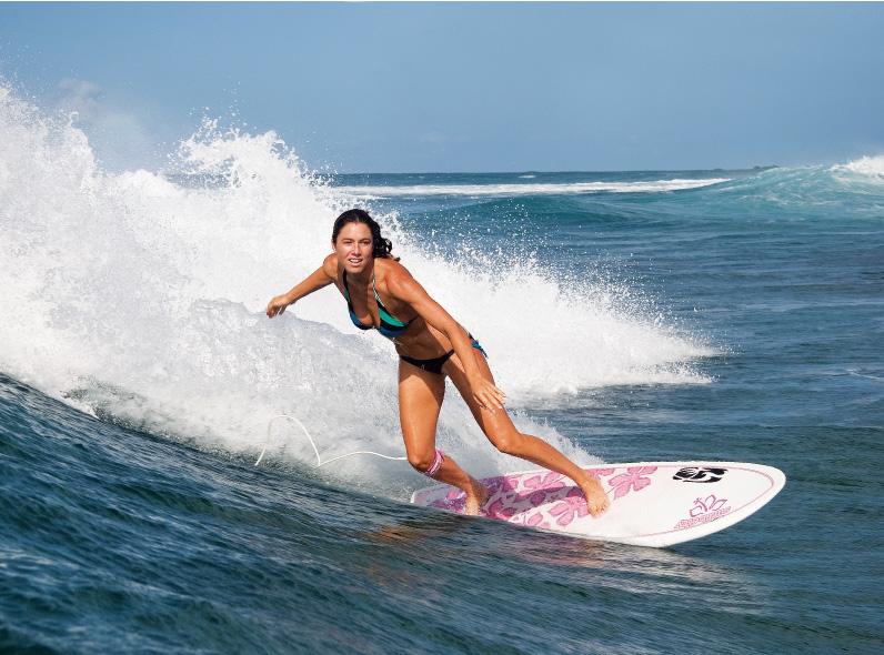 http://www.surfgirlmag.com/wp-content/uploads/2011/07/bottom-turn.jpg