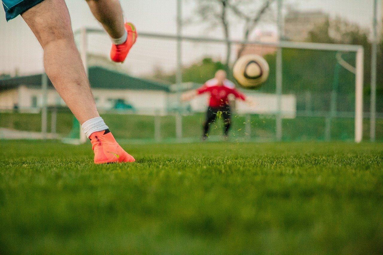 Co trzeba zabrać na obóz piłkarski