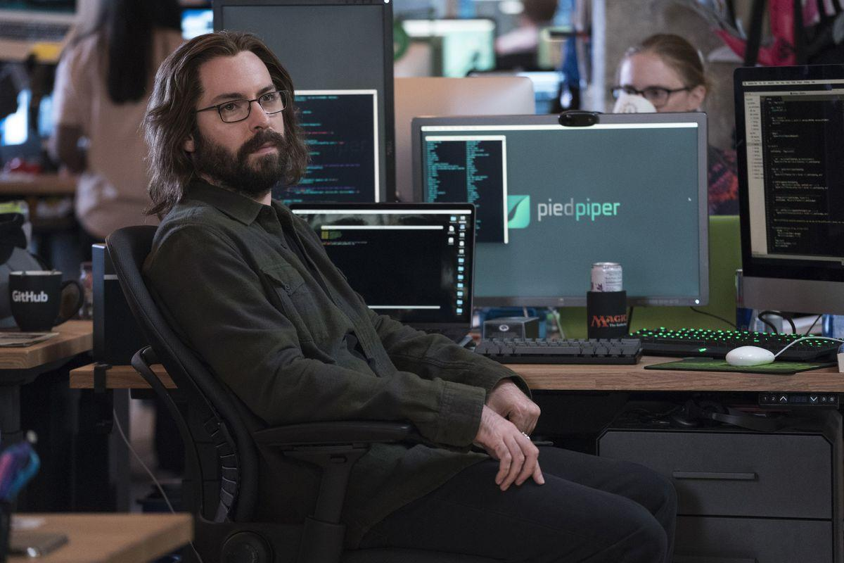 Silicon Valley's Gilfoyle suggests an ICO funding round for Pied Piper instead of a Series B round