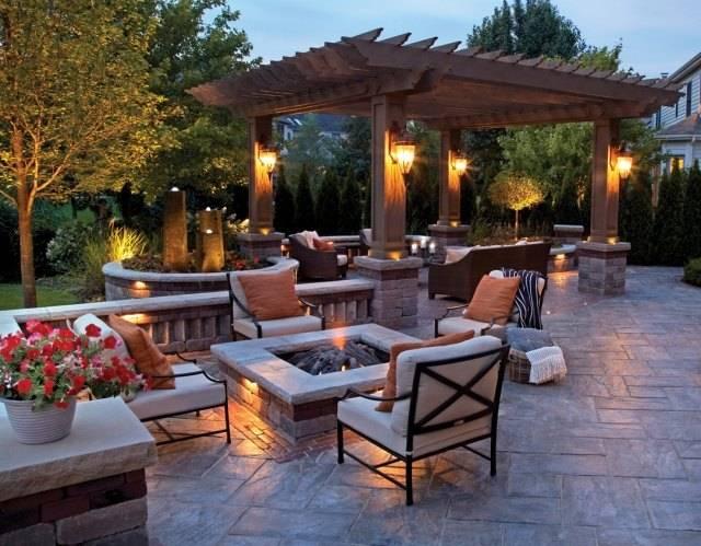 pergola-jardin-reunion-mobilier