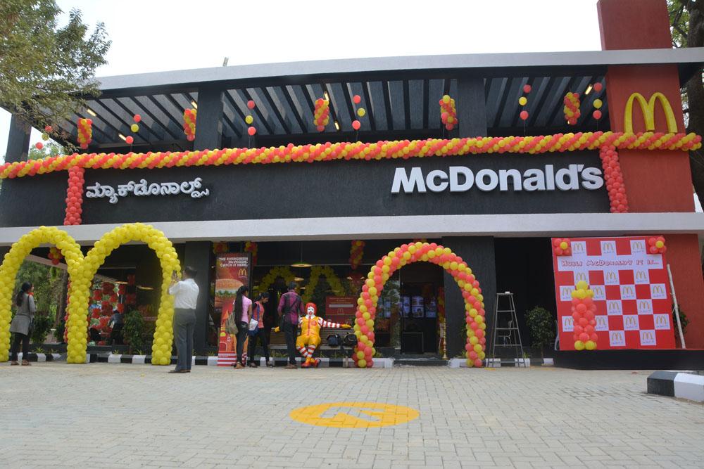 Fat Tax, Fast Foods, 'Fat Tax' Levied On Fast Foods, Mcdonald, KFC, Dominos, Kerala's Finance Minister, Thomas Isaac, Denmark, Kerala