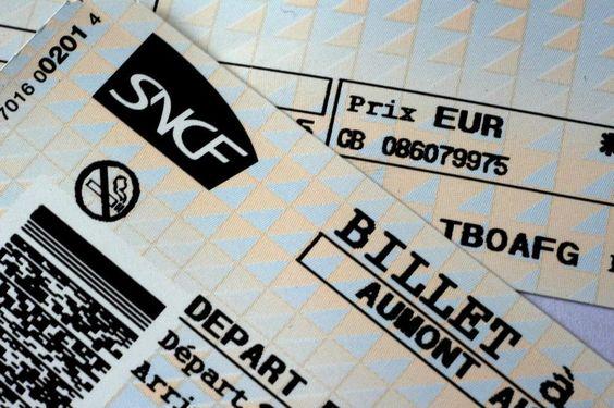 Oh là là , quand tu prends un TER plutôt qu'1 TGV et que tu n'as pas échangé les billets .... Il faut savoir prendre des risques dans la vie... mesurés soit...😁je suis une dingo !