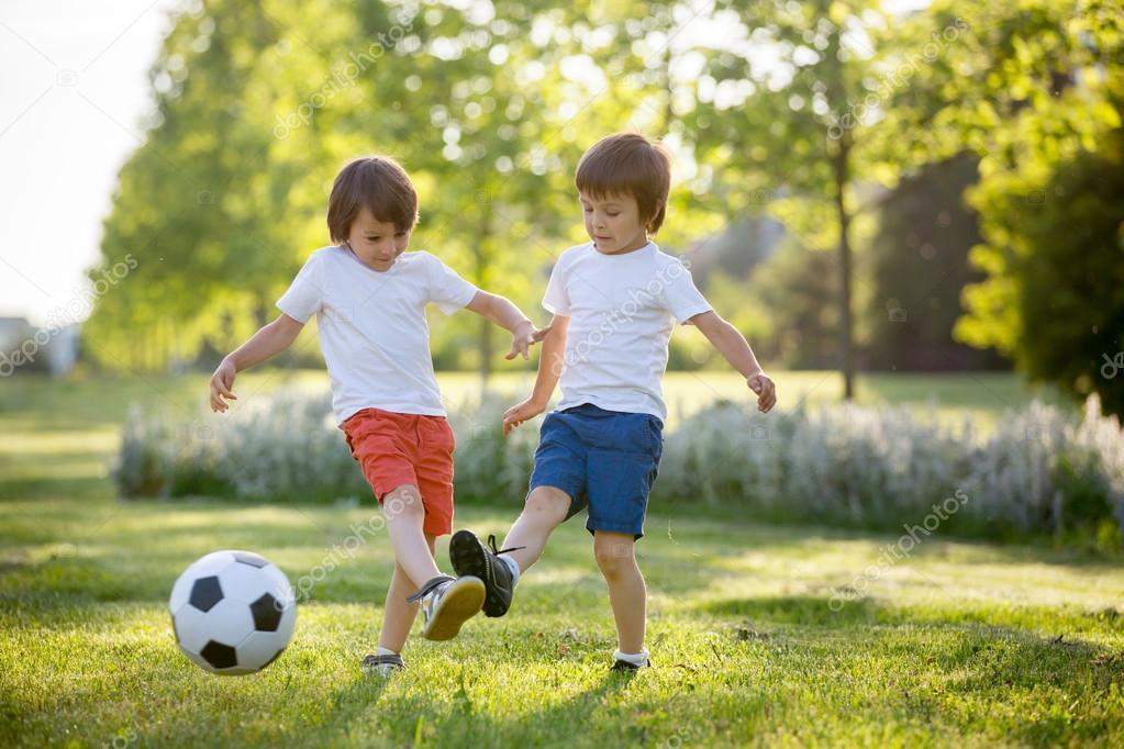 C:\Users\Admin\Downloads\depositphotos_112559546-stock-photo-two-cute-little-kids-playing.jpg
