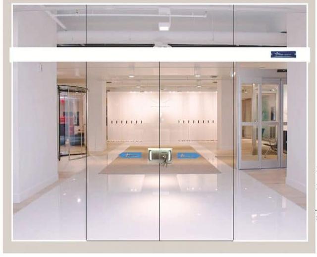 Cửa lùa tự động giúp doanh nghiệp thu hút thêm được nhiều khách hàng tiềm năng hơn