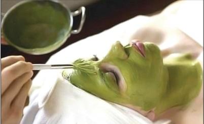 Chỉ nên đắp mặt nạ trầu không trong 5-10 phút rồi rửa sạch.