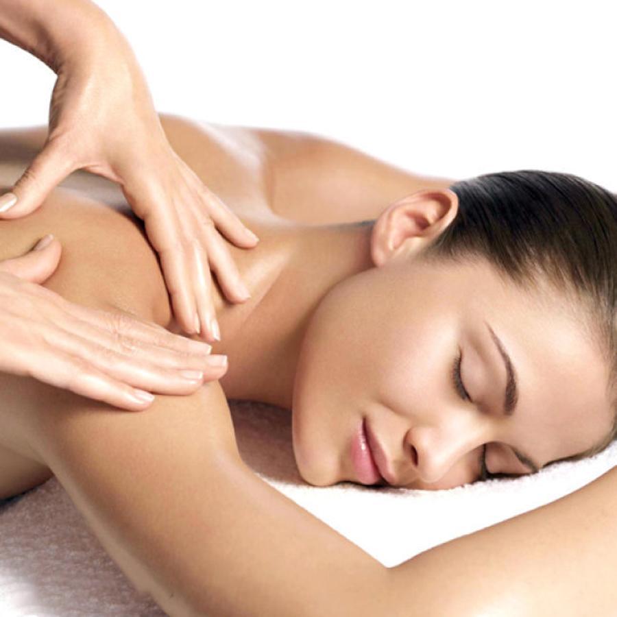 Những thao tác bấm huyệt giúp điều trị đau vai gáy