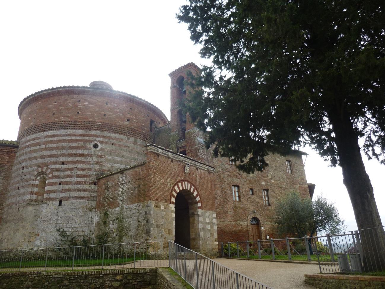 C:\Users\Gonzalo\Desktop\Documentos\Fotografías\La Toscana\103_PANA\P1030093.JPG