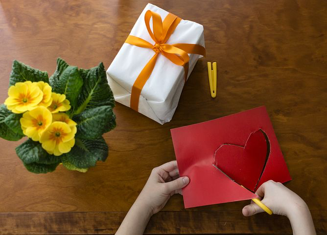 making crafts for your proposal