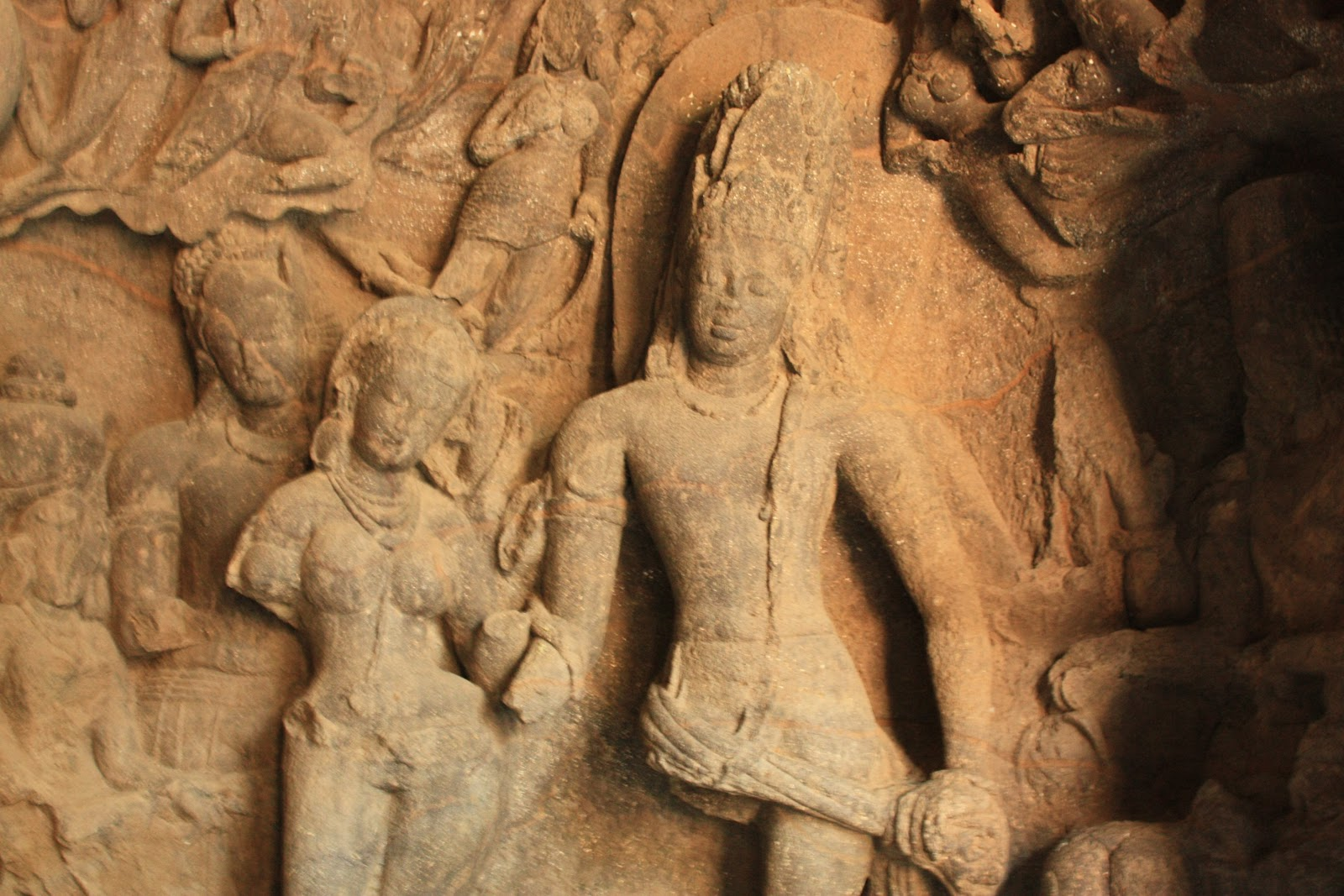 Elephanta_Caves_Shiva-Parvati.jpg