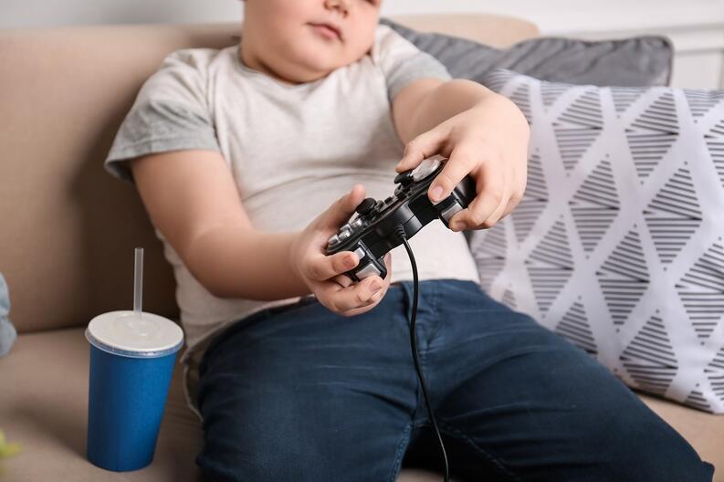 sobrepeso nino videojuegos