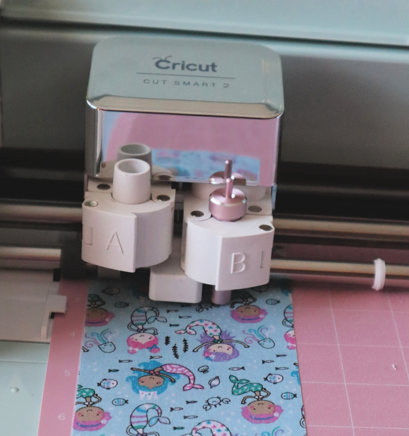 Cricut Explore Air 2 cuts bonded fabric.