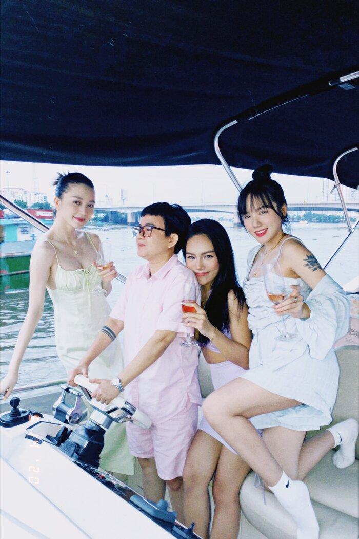 Vũ Thảo My tổ chức sinh nhật cùng bạn bè bên du thuyền - ảnh 5