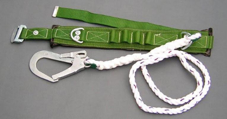 Đặc điểm và lợi ích khi sử dụng dây đai an toàn