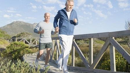 مولتی ویتامین برای مردان بالای 50 سال