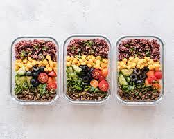 vegan food, vegan container, containers for vegan tour