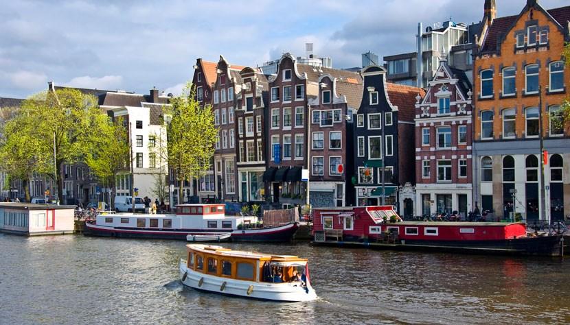amsterdam-barcos01-830x474_830x474.jpg
